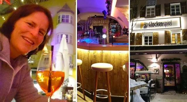 Abendspaziergang in Kitzbühel - Drink im Glockenspiel