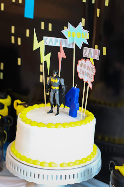 Easy Batman Cake with a Batman cake topper