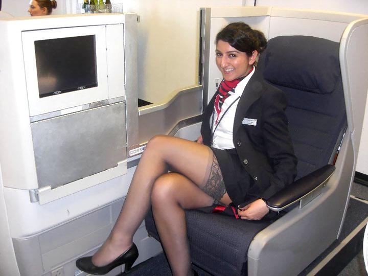 Funny pictures of Look-alike British Airways stewardess ...