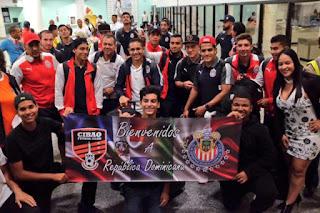 Chivas llegaron al país para juego con el Cibao Fútbol Club