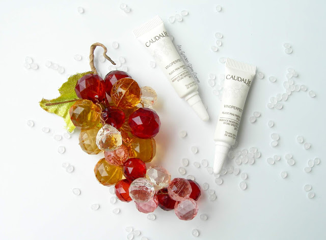 Caudalie-Vinoperfect-Essenza-Siero-fluido-antimacchie-illuminante