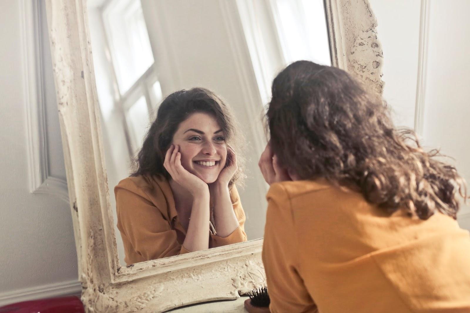 اعادة استخدام اي مرآة قديمة في المنزل بطريقة ذكية