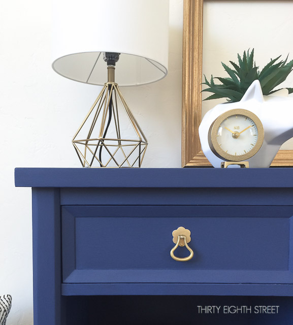 pretty nightstand makeover, beautiful night stand makeovers, DIY nightstand makeover