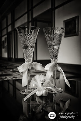 A photography of the wedding rings at a wedding in boulder colorado