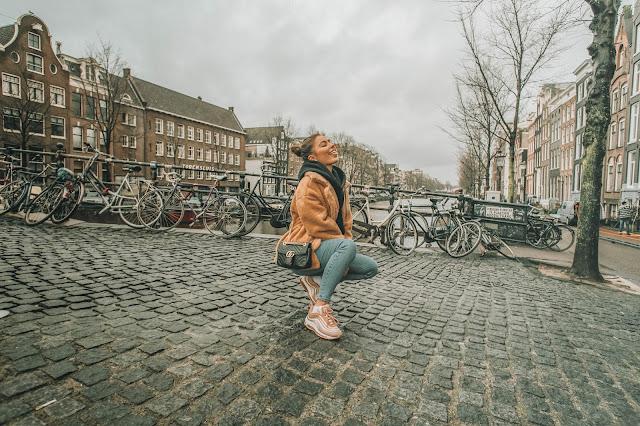 Amsterdam / Teddy Coat  - Czytaj więcej