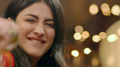 Shruti Haasan Smile HD Photo Of Behen Hogi Teri Movie