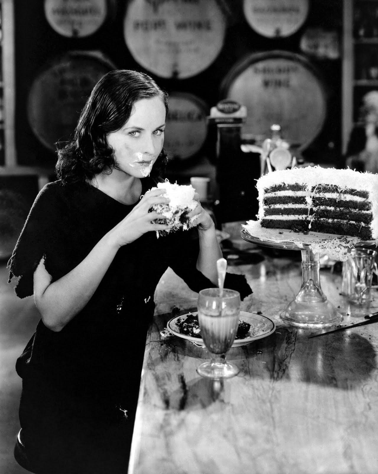 Birthday Cake Paulette