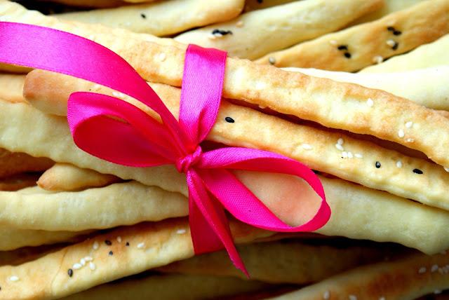 grissini,włoskie paluszki,jak zrobic paluszki,jak upiec chleb,idealny chleb,chleb dla początkujących,jeffrey hamelman,z kuchni do kuchni,najlepszy blog kulinarny,katarzyna franiszyn luciano,kuchnia włoska,