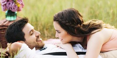 Tanda Dan Ciri Wanita Sedang Jatuh Cinta