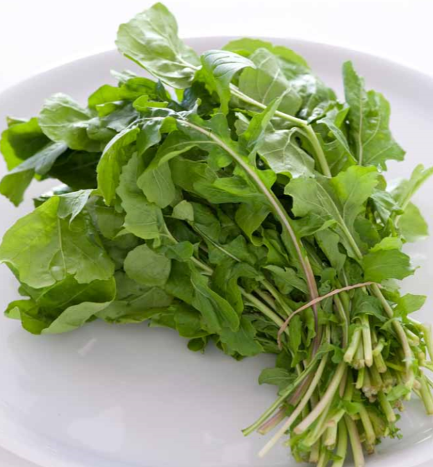 IT IS IMPORTANT TO CONSUME RAW GREENS WITH MEALS!