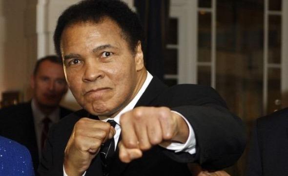 Kisah Bagaimana Muhammad Ali Memeluk Islam Didedahkan
