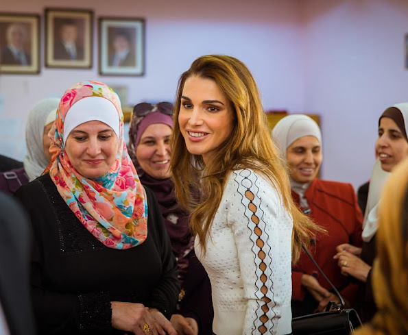 Queen Rania of Jordan visited Al Khansa'a Secondary School for Girls and attended part of Queen Rania Teacher Academy's Novice Teacher Training