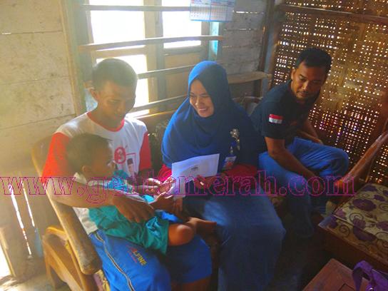 Komil-Pelaut Beri Tali Asih Bocah Bocor Ginjal Di Lampung Utara
