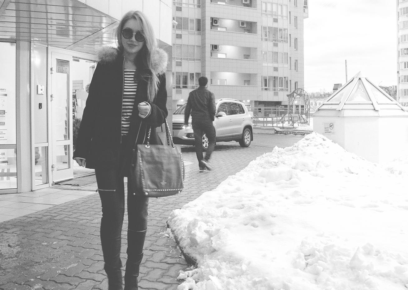 Кто тебя фотографирует?, fashion фото на штатив, как фотографироваться на штатив для блога, секрет можных фото, weirdo, самострелы со штатива в городе