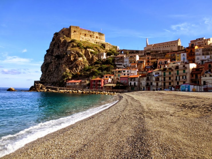 8. Scilla - Top 10 Italian Coastal Sites