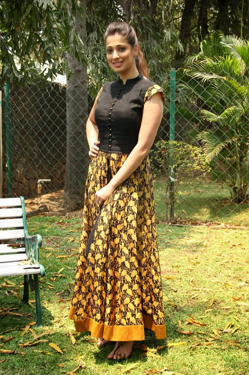 Glamours Indian Actress Raai Lakshmi Long Hair Hot Photos In Black Dress