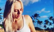 Biodata Madilyn Bailey Si Youtuber Cantik Pelantun Lagu Chandelier dari Sia