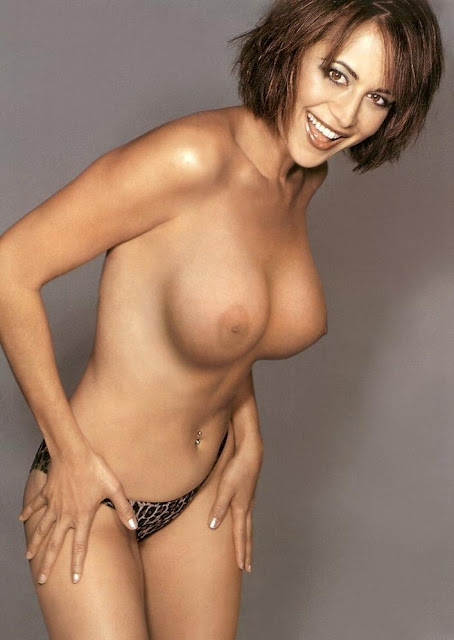 Catherine Bell Demonstrates Whats Classy Selfies All About-2142