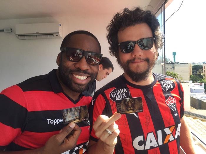 """Presente na vitoria contra Flamengo e Corinthians, Wagner Moura vira """"amuleto"""" no Vitória 1"""
