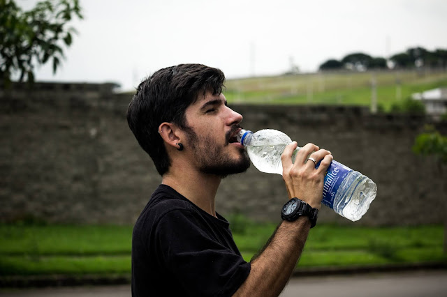 Does Drinking a Lot of Water Help You Lose Weight?