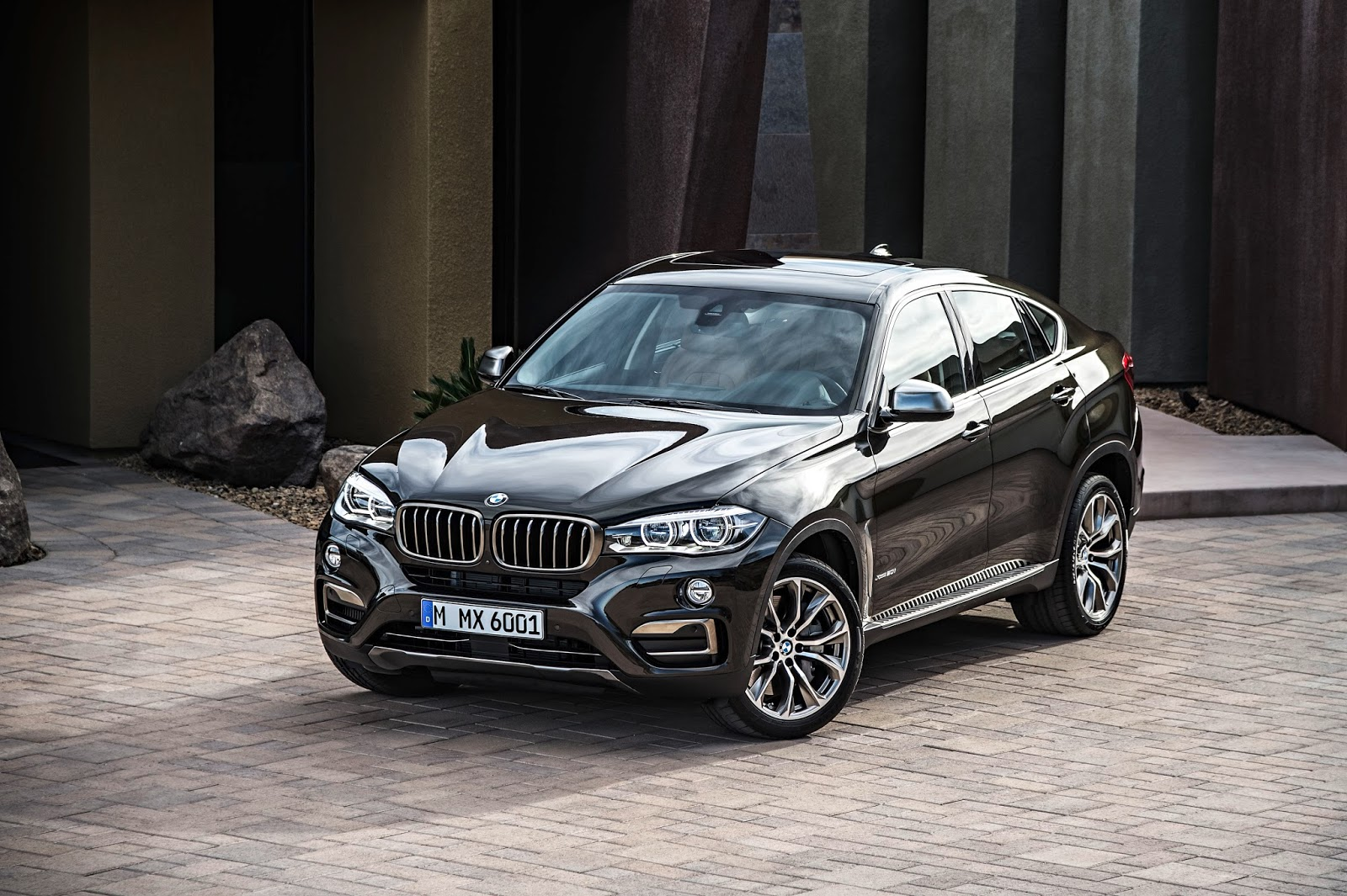 the new bmw x6 and x6 m50d. Black Bedroom Furniture Sets. Home Design Ideas