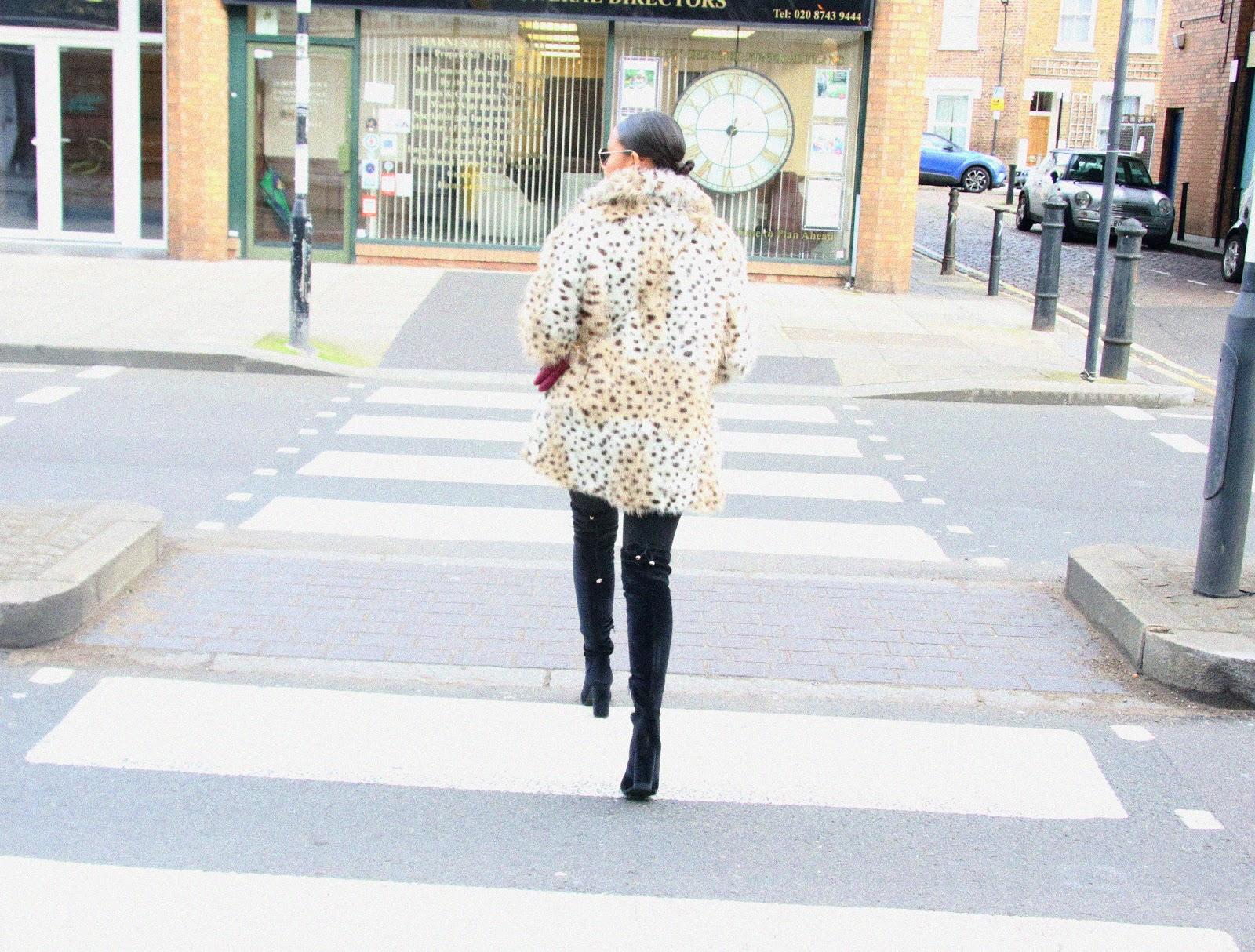 deichmann, faux fur, thighhighs
