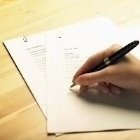 Kalem ile evrak üzerine yazı yazmak