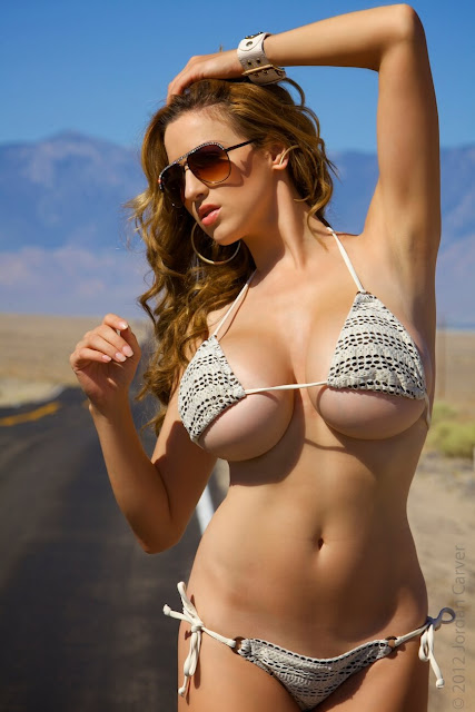 Jordan-Carver-Busty-Photoshoot-Road-Sign-Pic-4