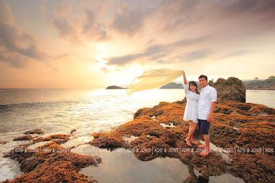 Prewedding di pantai Puru
