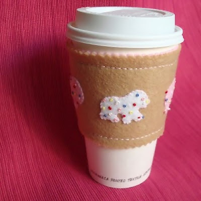 Creative and Cool Coffee Sleeves, Carriers and Holders (21) 18