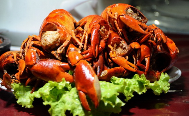 Xvlor.com Udang Selingkuh dish is river lobster cuisine by Papuans in Baliem Valley