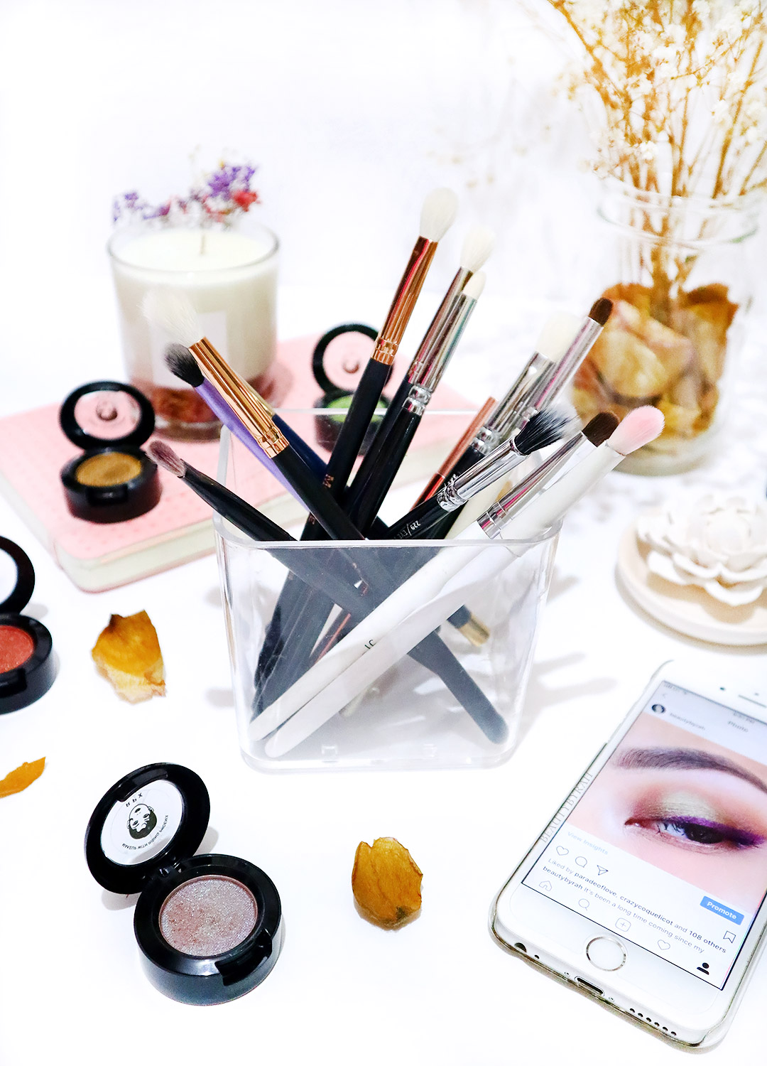 Top affordable eyeshadow brushes must have for beginners