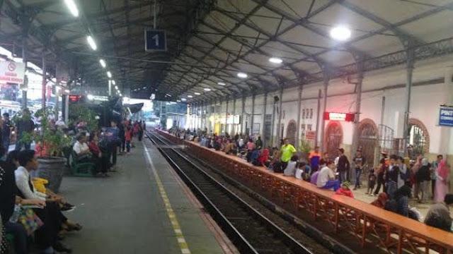 cara ke Stasiun Jatinegara Naik kereta