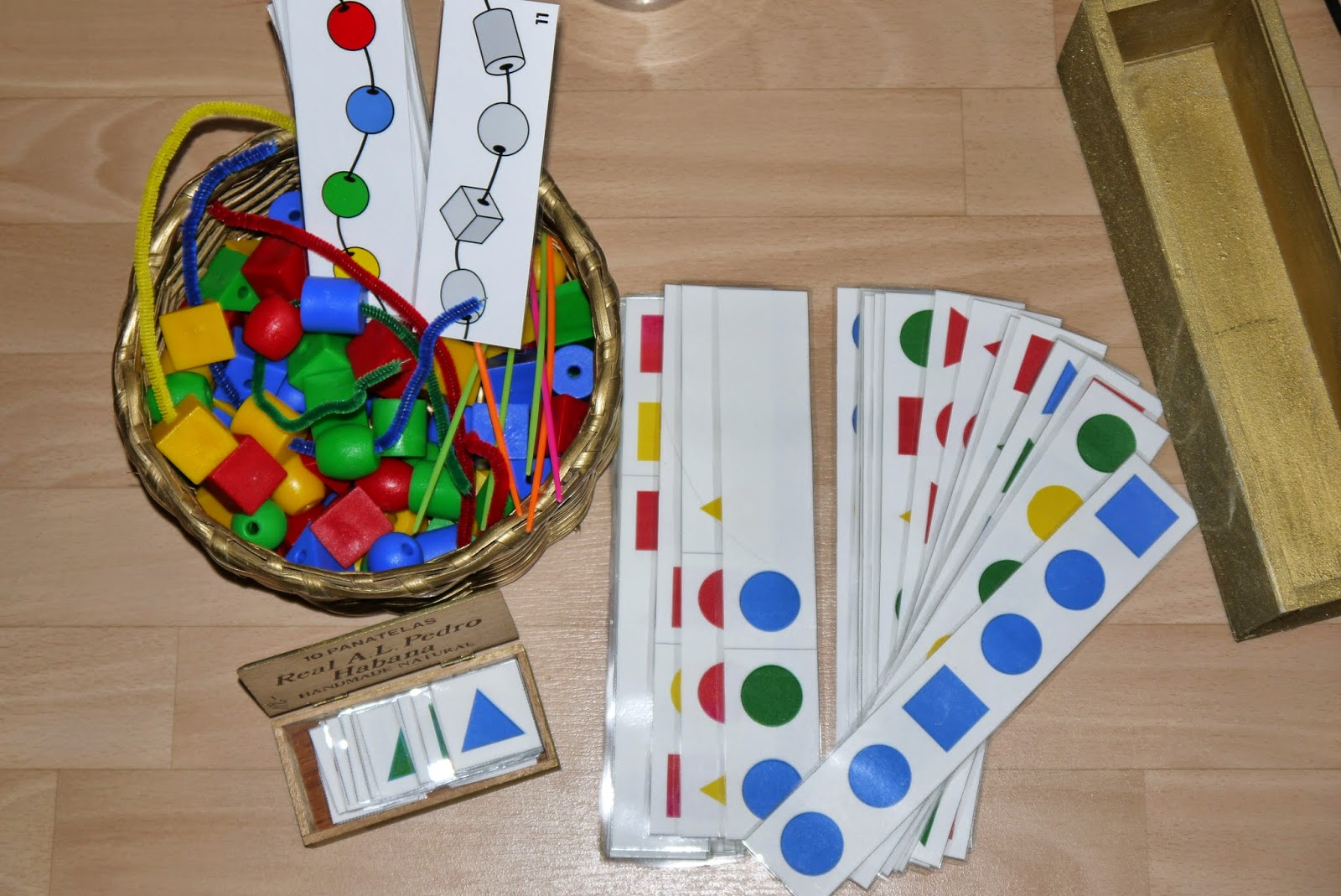 jeux d 39 enfants activit enfant algorithme avec des. Black Bedroom Furniture Sets. Home Design Ideas
