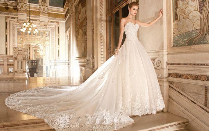 Les plus belles robes de mariage anniversaire de mariage for Belles robes blanches pour le mariage