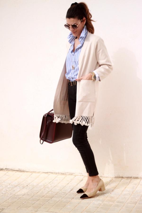 abrigo de primavera, chaqueta con flecos, zapatos tipo chanel