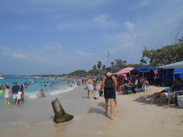 Playa Blanca in Cartagena