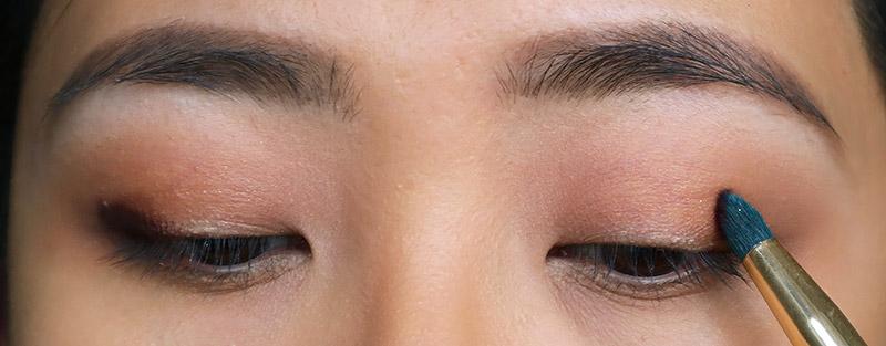 Kat Von D Metal Matte Eyeshadow Tutorial for makeup beginners