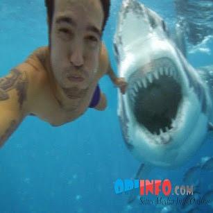 WOW!! Kumpulan Foto-Foto Selfie Paling Berbahaya !
