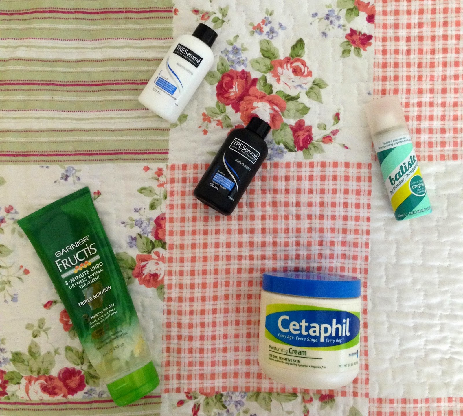 letmecrossover_blog_blogger_michele_mattos_blogueira_brazilian_brasileira_empties_products_I've_finished_up_beauty_trash_hit_and_misses_cetaphil_mango_fructis_tresemme_shampoo_dry_baptiste_cruelty_free_animal_testing