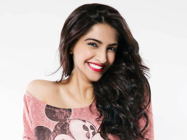Cute India Actress Photo, Charming Indian Actress Photo