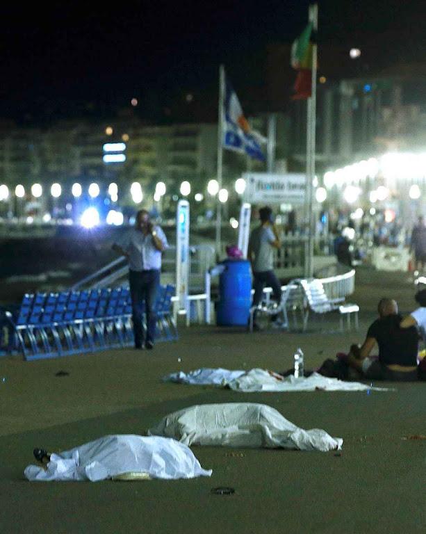 Vítimas do atentado religioso em Nice, 14-7-2016.