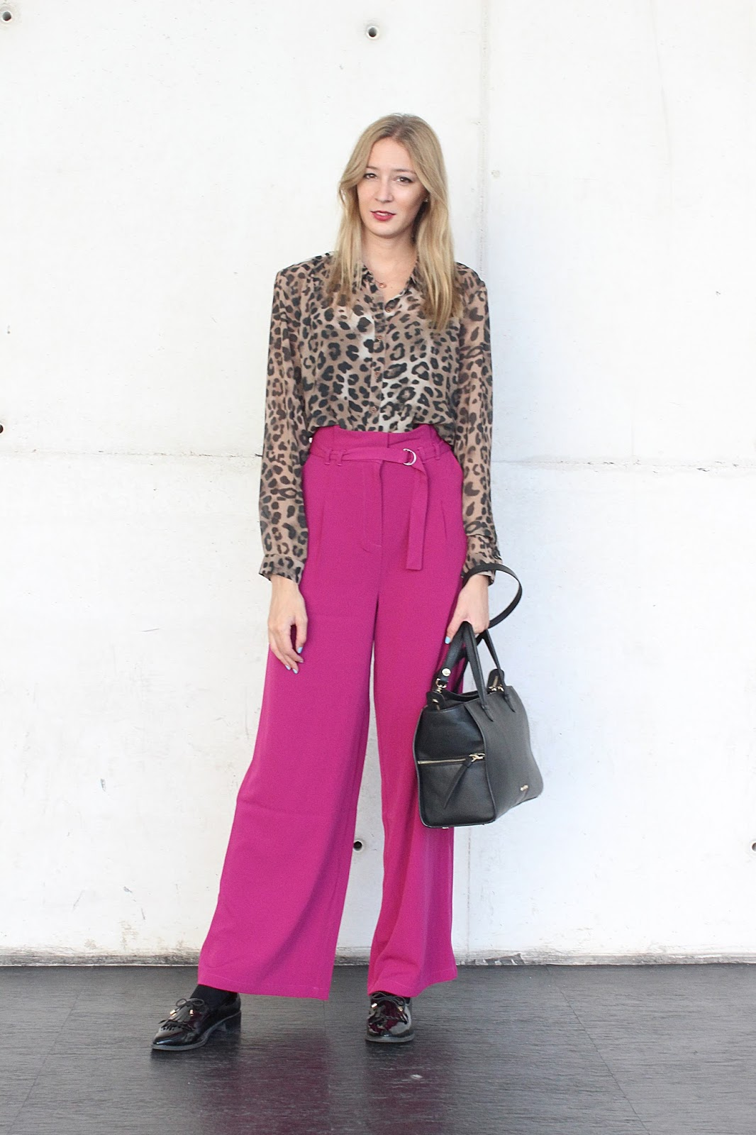 na-kd fashion wide pants animal print shirt