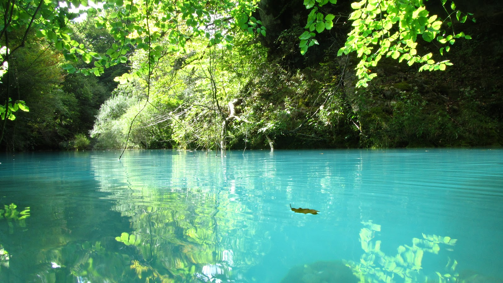 río urederra en navarra