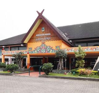 Tempat Wisata Pendidikan Sejarah Museum Sri Baduga Bandung Tempat Wisata Tempat Wisata Pendidikan Sejarah Museum Sri Baduga Bandung