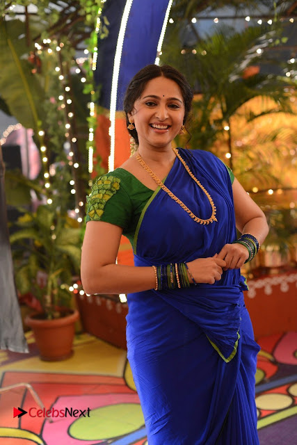 Anushka Shetty Stills in Blue Half Saree from Sokkali Mainar Movie Stills  0003.jpg