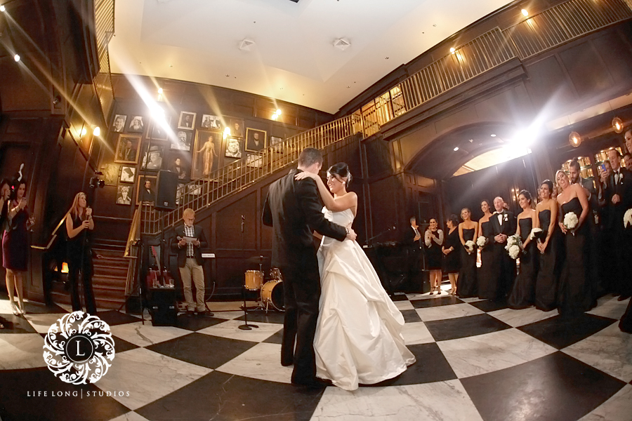 Oxford Exchange Wedding.Elegant Oxford Exchange Wedding Wedding Photography In Tampa