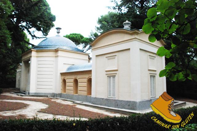 PALACIO DEL ABEJERO JARDIN DE EL CAPRICHO