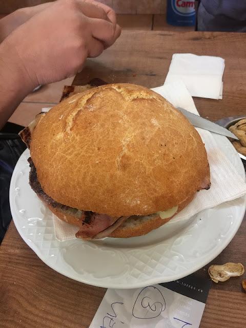 Almuerzos Populares - Hamburguesa de La Pascuala
