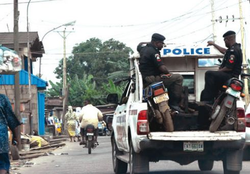 AGAIN? Policeman Kills Driver For Refusing To Give Bribe
